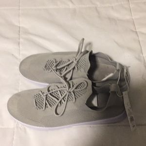 Women's Grey Sneakers
